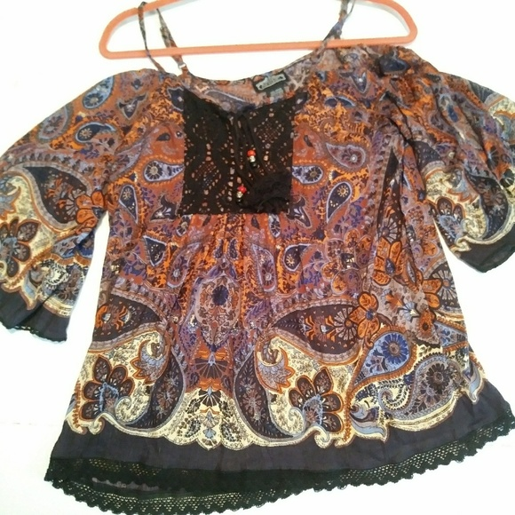Angie Tops - Nordstrom ANGIE fall color top Sz Small beads lace